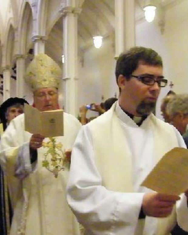 Catholic Scholars: Let Women Speak In Church Promo Image