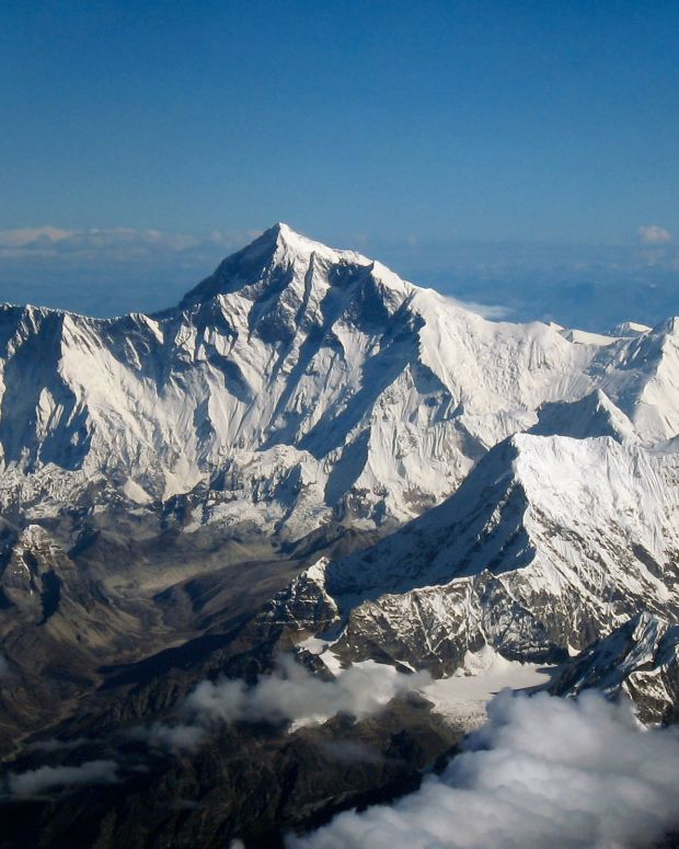Australian Woman And Four Others Die Climbing Everest  Promo Image