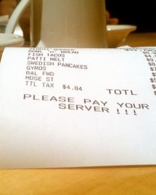 Couple Decides To Leave Server A Note After Enduring Nothing But Terrible Service (Photo) Promo Image