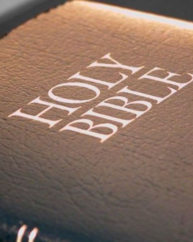 Child Reprimanded For Giving Out Bible Verses At School Promo Image