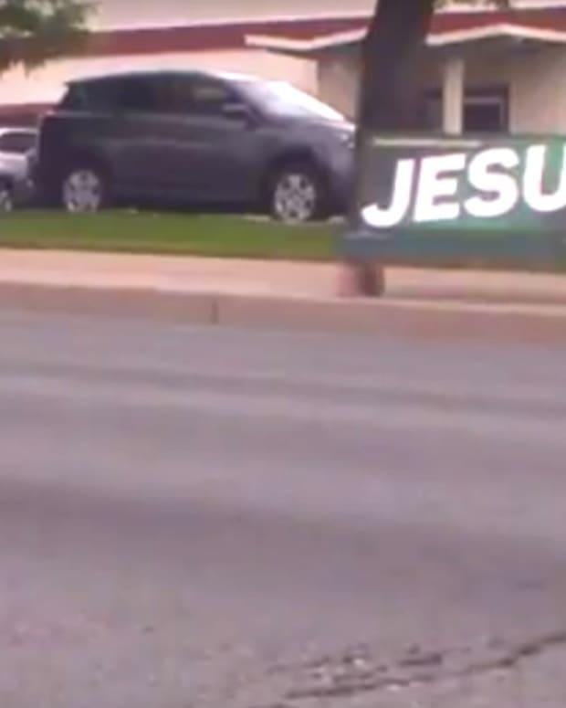 Pastor: Colorado Springs Bans 'Jesus' Signs (Video) Promo Image