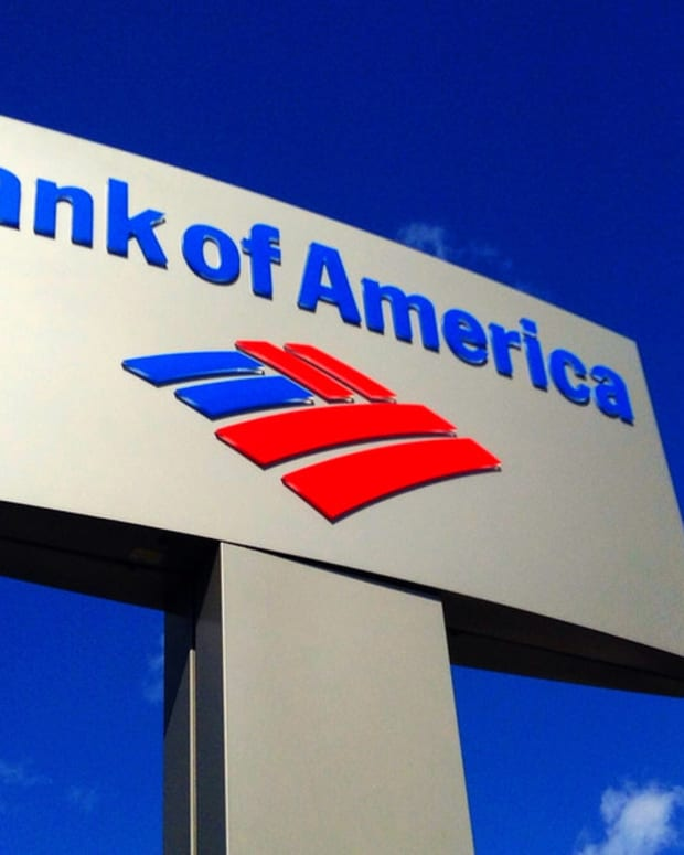 Florida Couple Forecloses On Bank Of America (Video) Promo Image