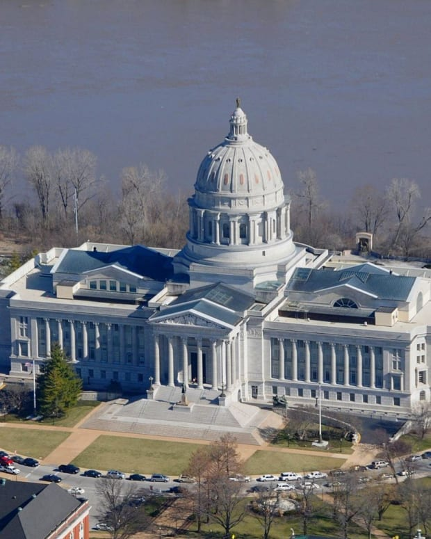 Missouri Ends Filibuster On Religious Freedom Bill Promo Image
