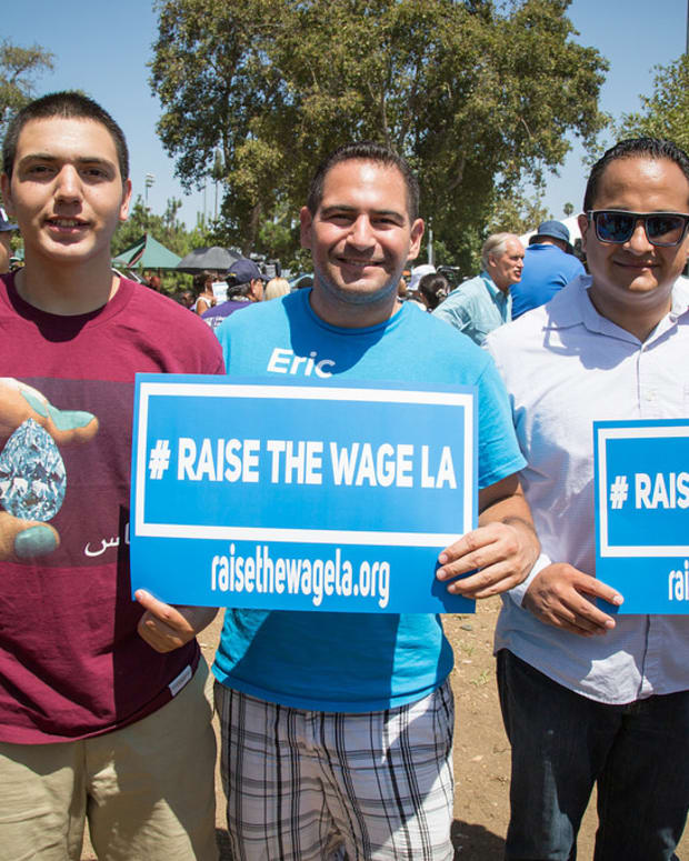 raisethewage_featured.jpg