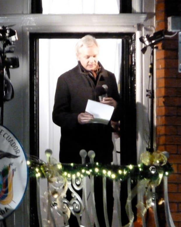 WikiLeaks Says Ecuador Cut Off Assange's Web Access Promo Image