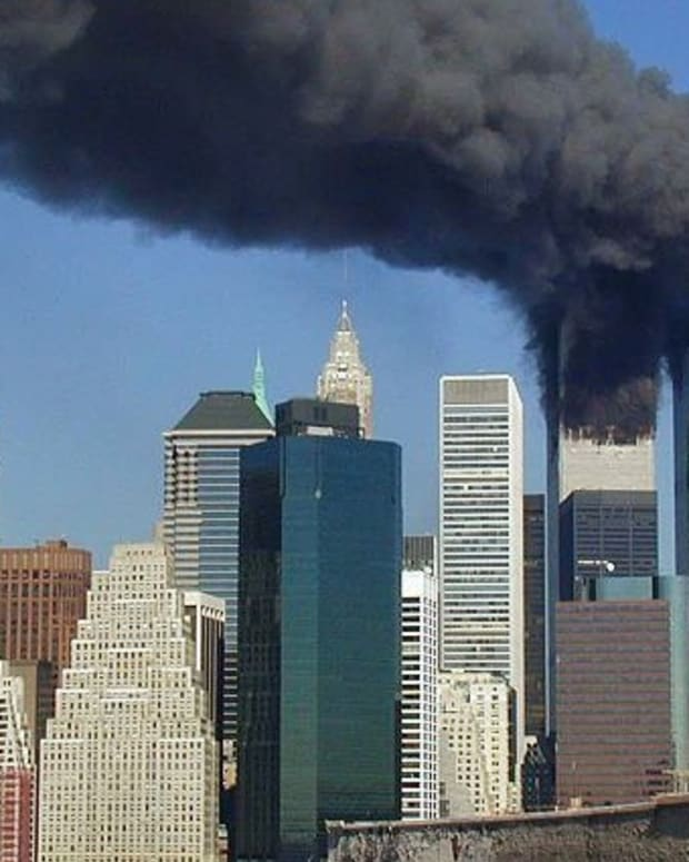 Girl Spoke To Her Dad After He Was Killed On 9/11 Promo Image