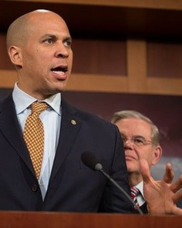 Booker Stands By Choice To Testify Against Sessions Promo Image