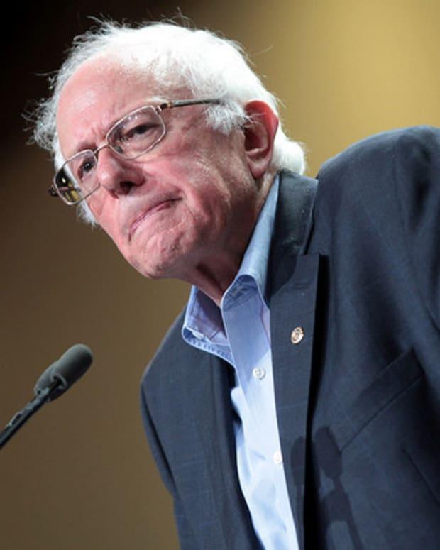 Bernie Sanders: Trump Is A 'Fraud' Promo Image