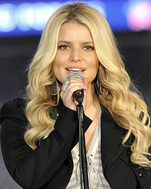 Jessica Simpson In Hot Water For Kid's Bikini Picture (Photos) Promo Image