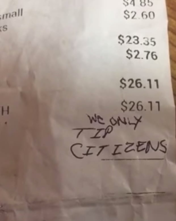 Waitress Receives Racist Note On Receipt (Video) Promo Image
