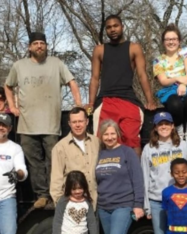 Group To Build Community Of 'Tiny Homes' For Homeless Veterans Promo Image