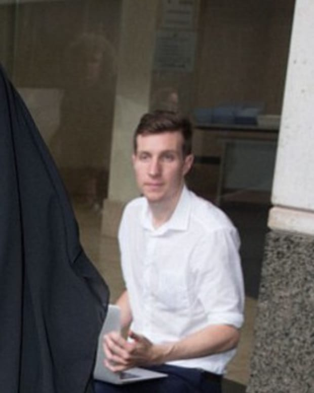 Muslim Woman Refuses To Remove Veil And Won't Stand For Judge, His Response Goes Viral Promo Image