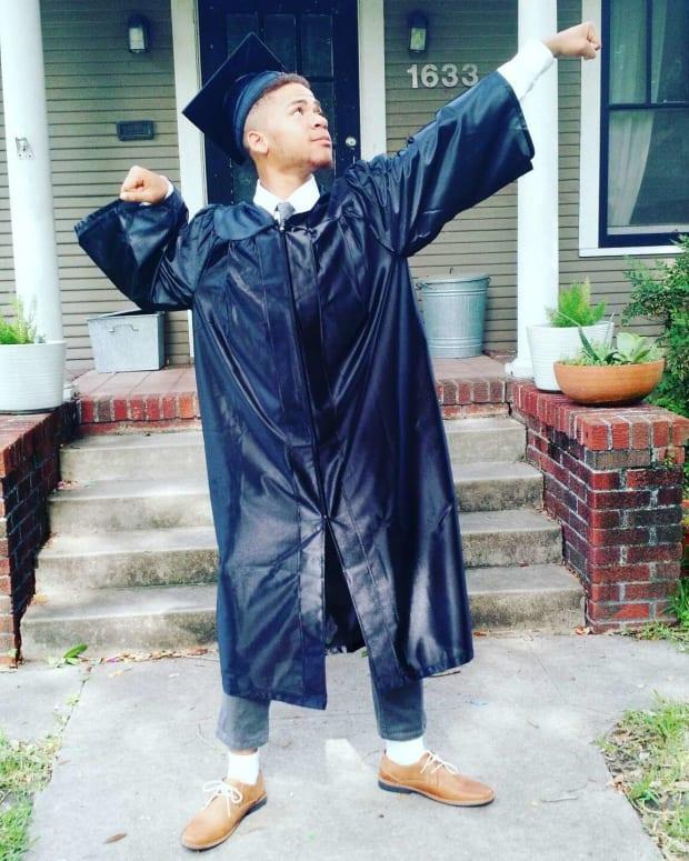 Homeless High Schooler Graduates At Top Of Class (Video) Promo Image