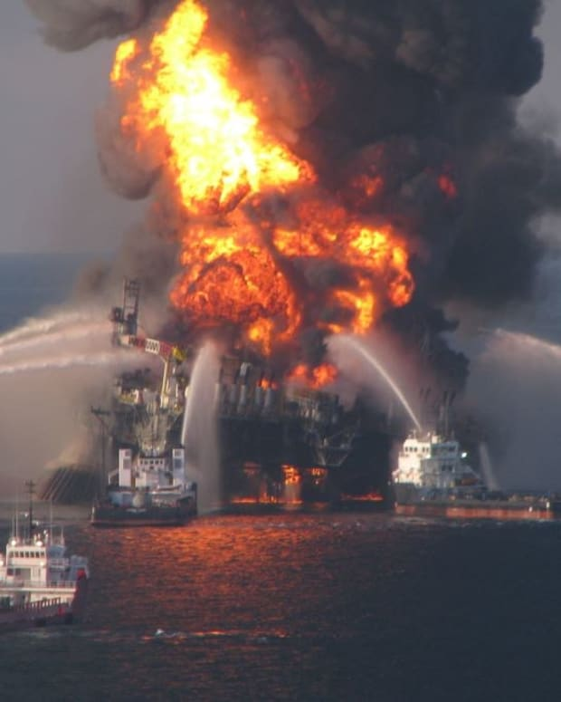 Trump Wants To Expand Offshore Drilling Promo Image