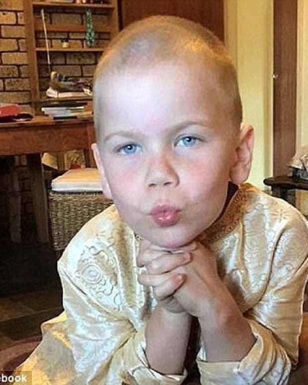 Boy Has Days To Live After Parents Stop Chemotherapy Promo Image