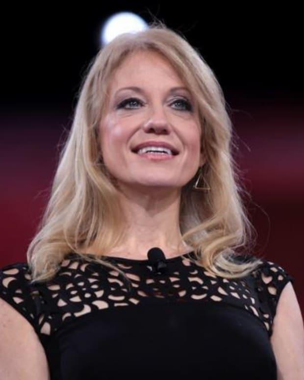 Conway Blasts Clinton Over '3-0' Tweet Promo Image