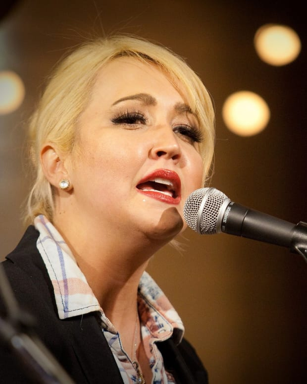 Country Singer Survived Deadly Spider Bite Promo Image
