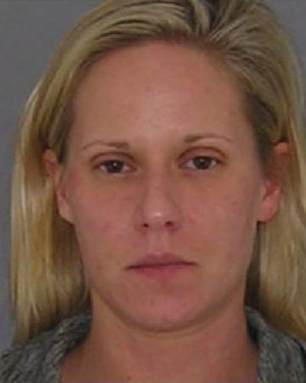 Police: Mom Overdosed In Chuck E. Cheese Bathroom Promo Image