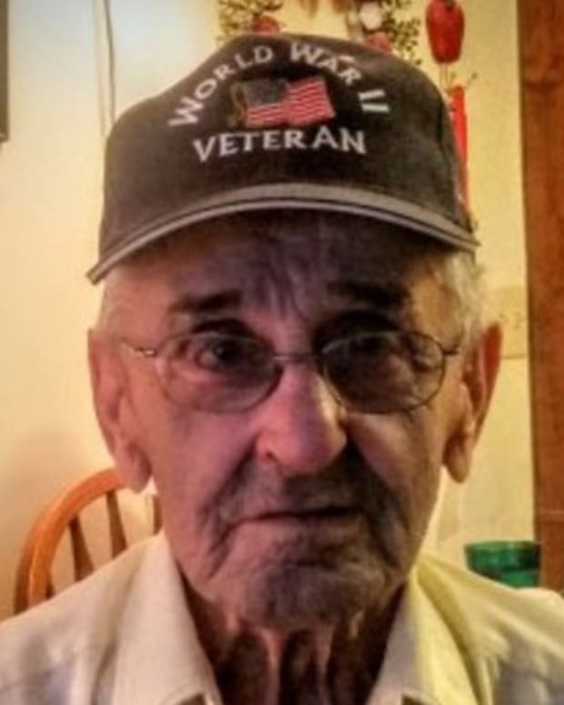 WWII Vet's Unexpected Encounter At Store Quickly Goes Viral Promo Image