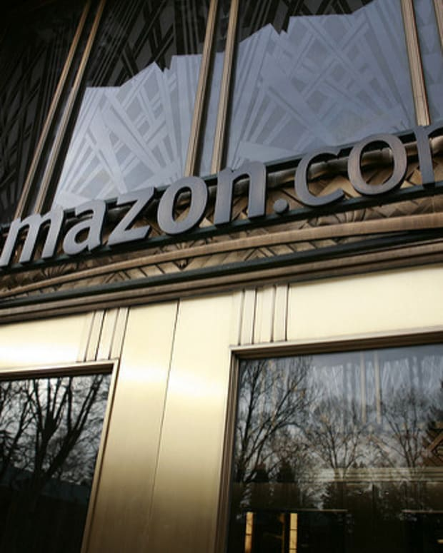 Amazon Shoppers, Beware Of This Scam Promo Image