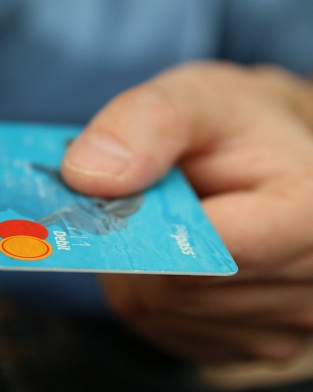 Man Rages After His Credit Card Is Declined (Video) Promo Image