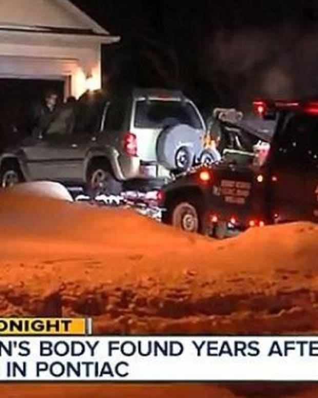 Major Questions Remain Regarding Woman Found Mummified In Her Car 5 Years After Death Promo Image