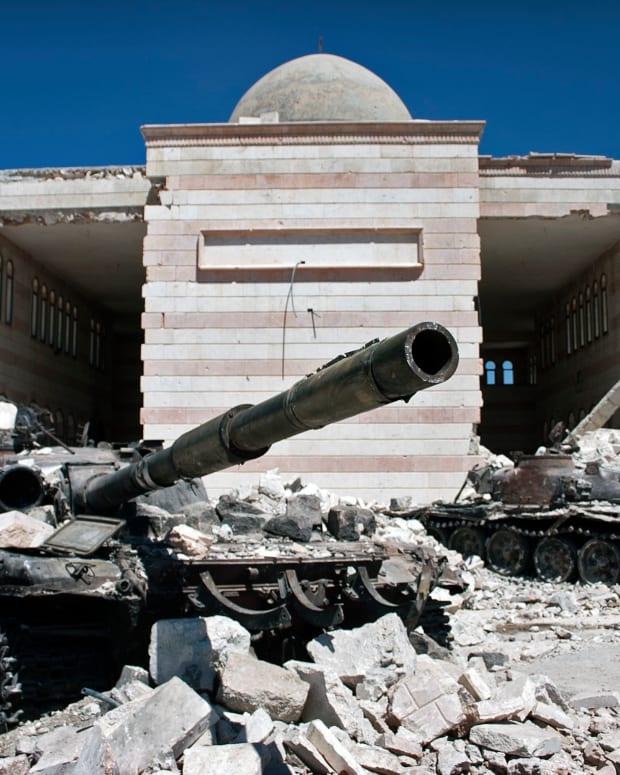 U.S. Suspends Peace Talks With Russia Over Syria Promo Image