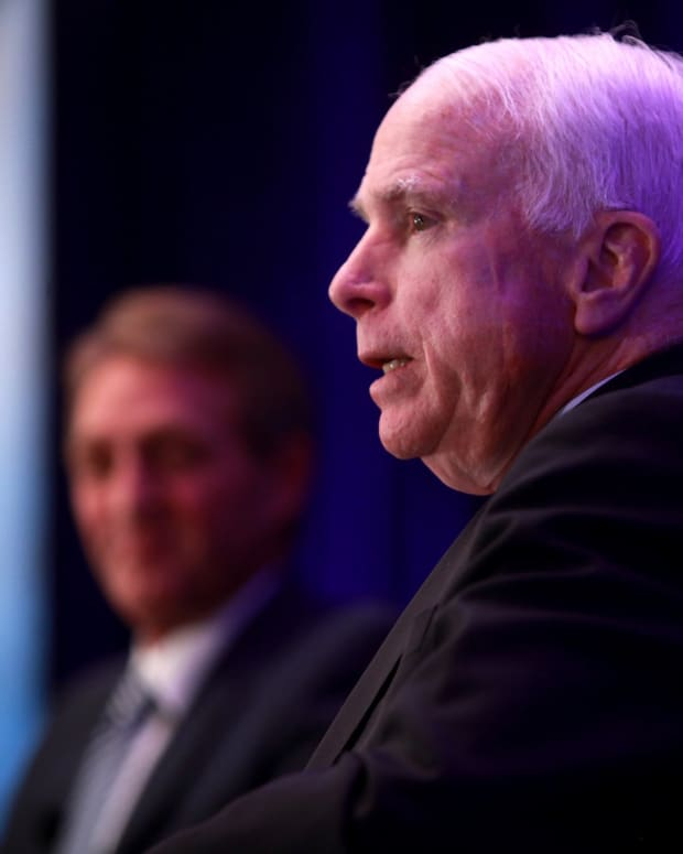 John McCain Lashes Out Against Fox News Reporter (Video) Promo Image