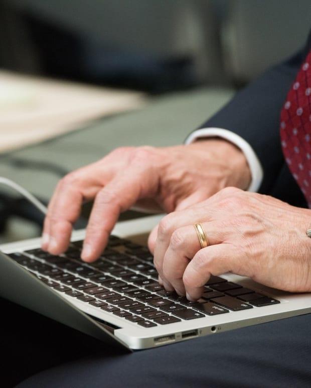 Fake Emails Flood FCC Public Comment On Net Neutrality Promo Image