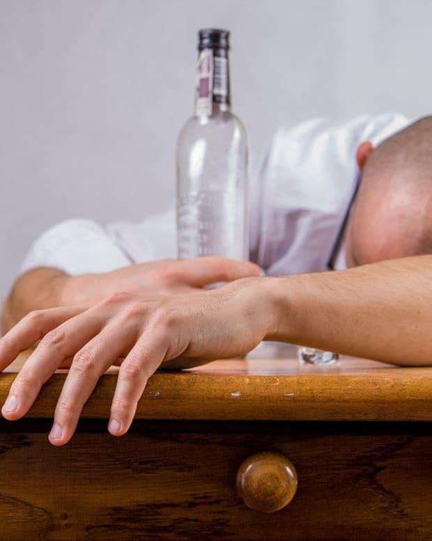 'Super Drunk' Man Allegedly Flees Crash, Girlfriend Dies (Photos) Promo Image