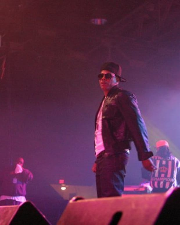 Rapper Nelly Faces Lawsuit Alleging Sexual Assault Promo Image