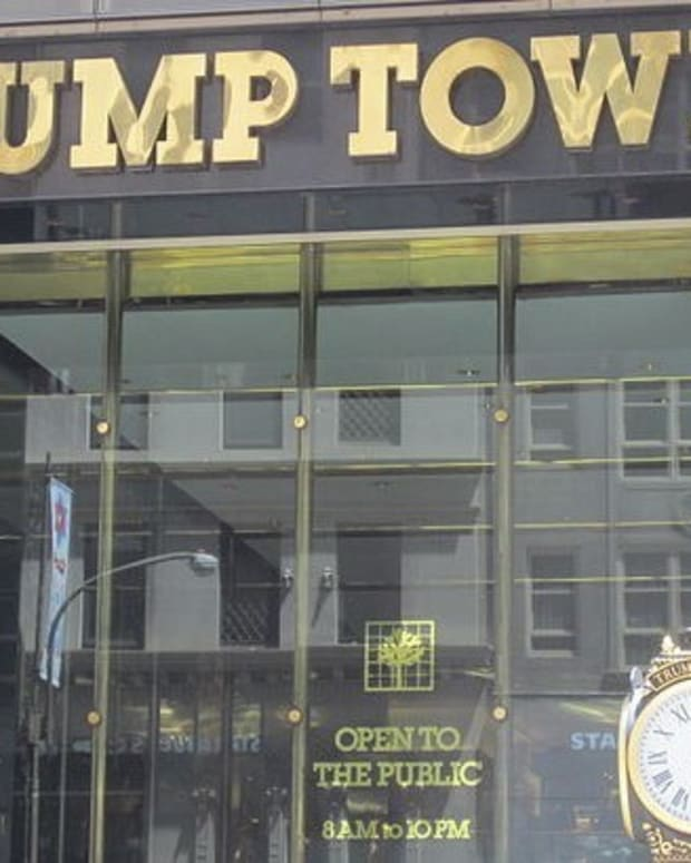Twitter Reacts To T-Shirt Being Sold At Trump Tower (Photo) Promo Image