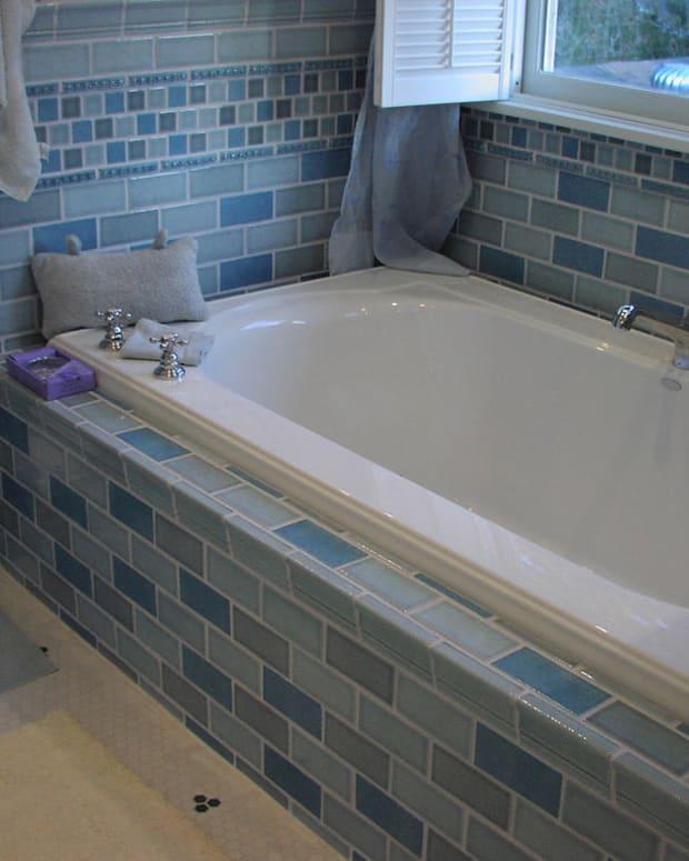 Teen Dies Electrocuting Herself In Bathtub (Photos) Promo Image