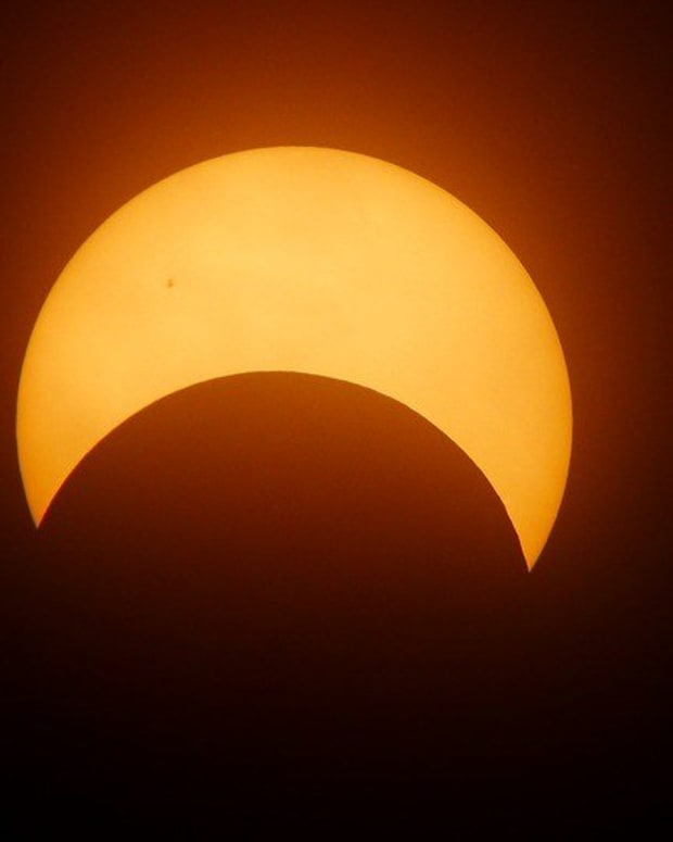 Solar Eclipse Helps Police Catch Sex Offender (Photos) Promo Image