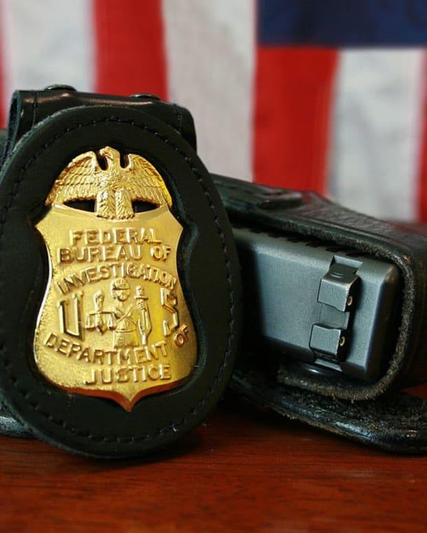 FBI Foils Alleged Bomb Plot (Photo) Promo Image