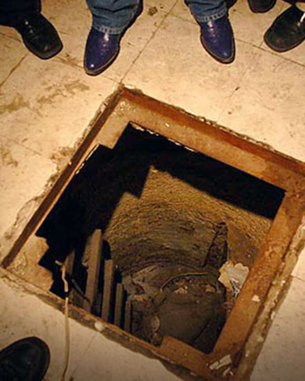 20160324_MexicoDrugTunnel_Thumb_Site.jpg
