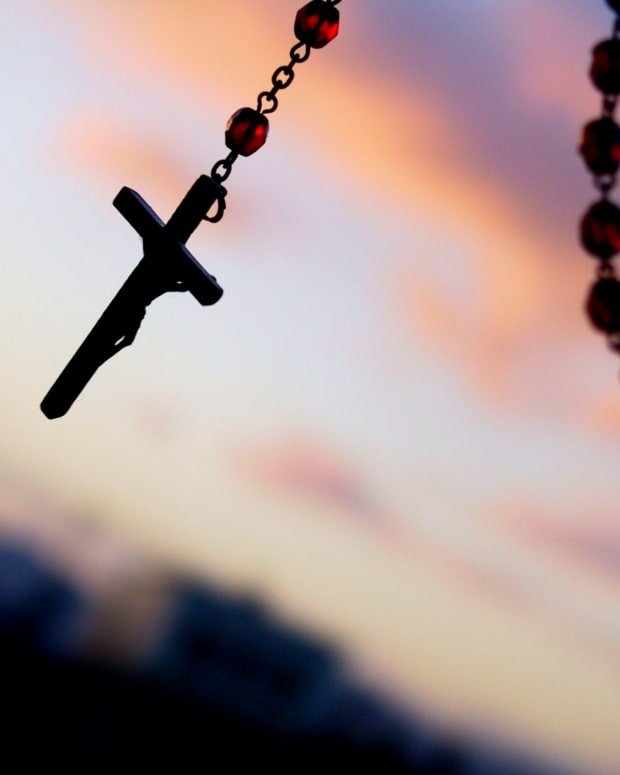 rosary01_featured.jpg