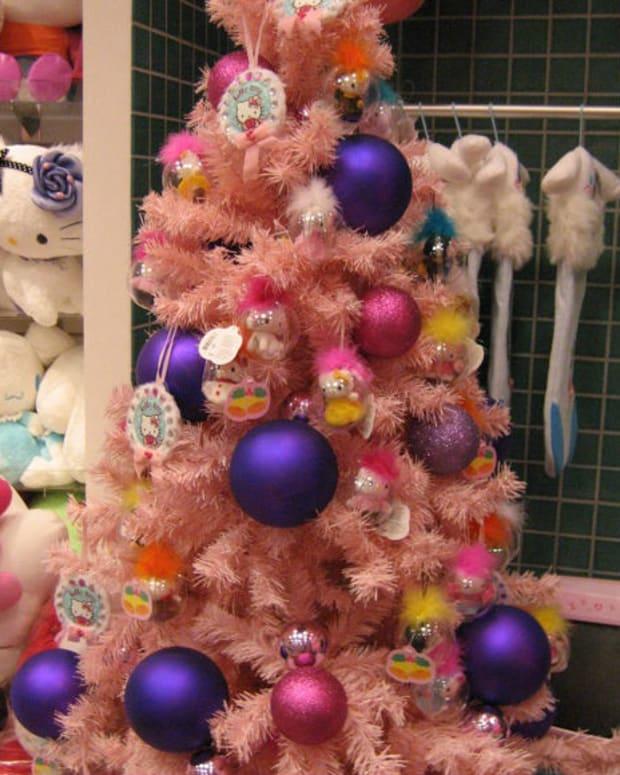 A Hello Kitty Themed Christmas Tree