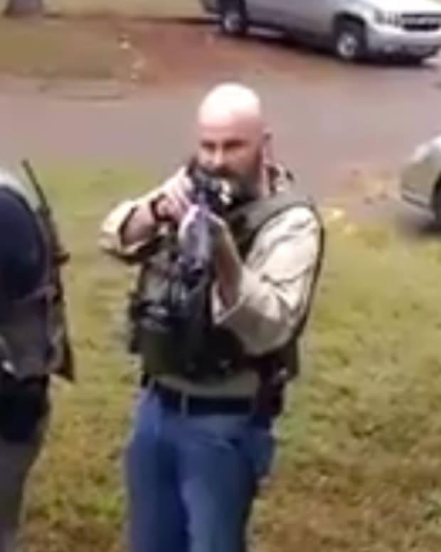 Memphis Cop With Gun