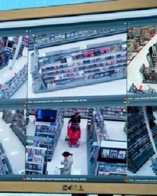Security Guard Reportedly Fired For Reporting Shoplifter Promo Image