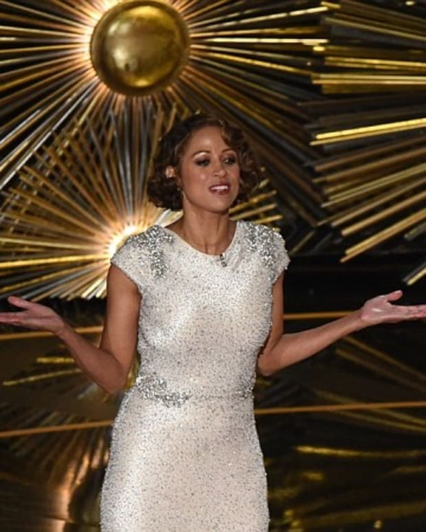Stacey Dash's Oscar Cameo Sparks Controversy (Video) Promo Image