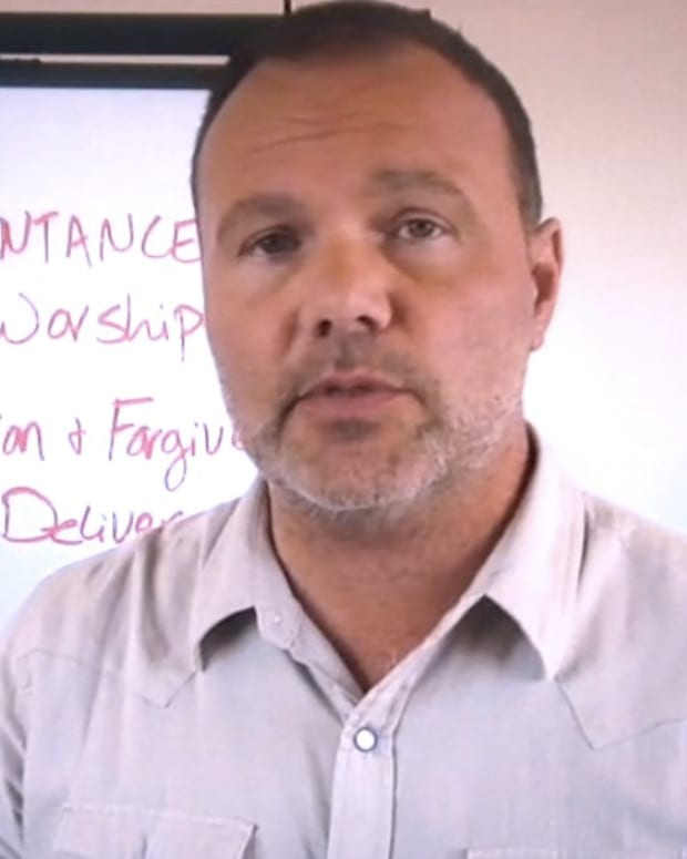 Ex-Megachurch Pastor: Anorexia May Be From Satan (Video) Promo Image