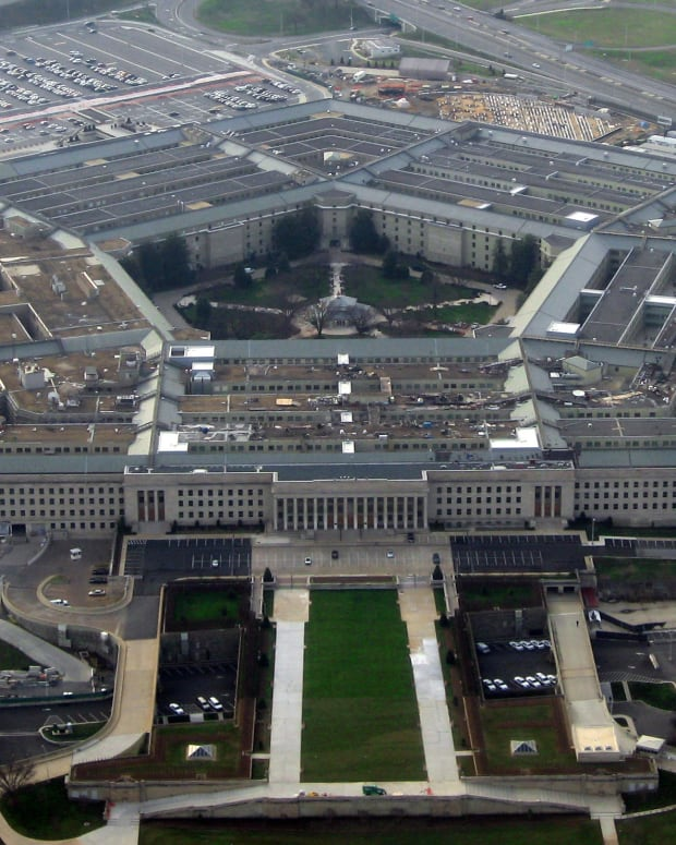 Pentagon Officially Lifts Ban On Transgender Troops Promo Image
