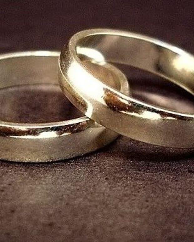 Cheating Bride's Wedding Canceled (Photos) Promo Image