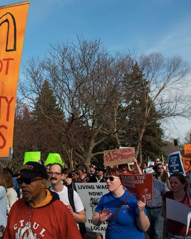 Fast food workers' minimum wage protest in Minnesota