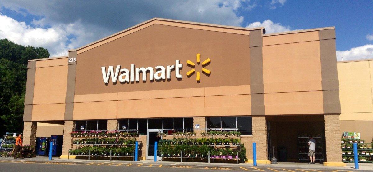 Walmart Shooting Response Slowed, Too Many Drew Guns Promo Image