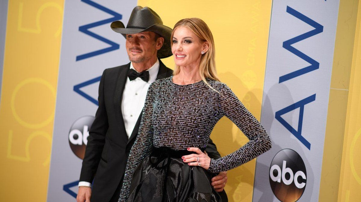 Faith Hill May Be Battling Throat Cancer: Source Promo Image