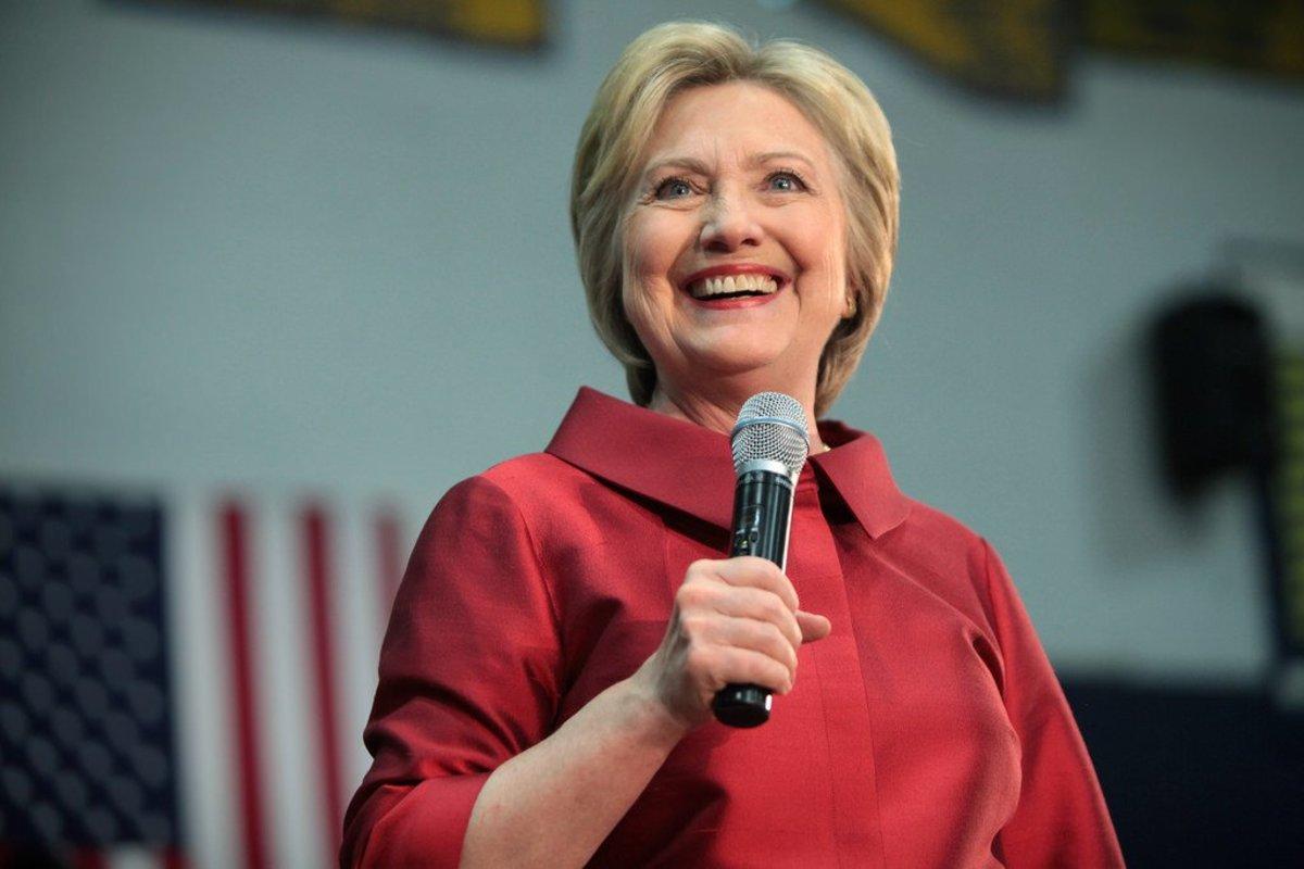 Teacher Addresses Student's Letter To 'Hiliar' Clinton (Photos) Promo Image