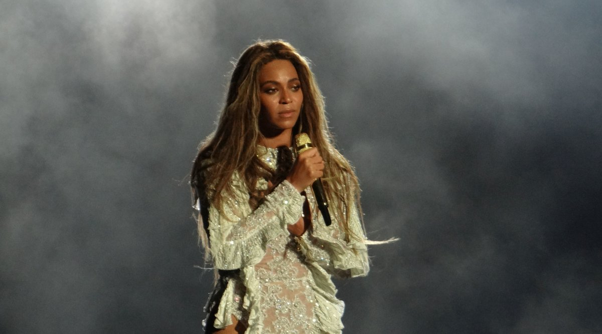 Beyonce's Parents Accused Of Child Abuse Promo Image