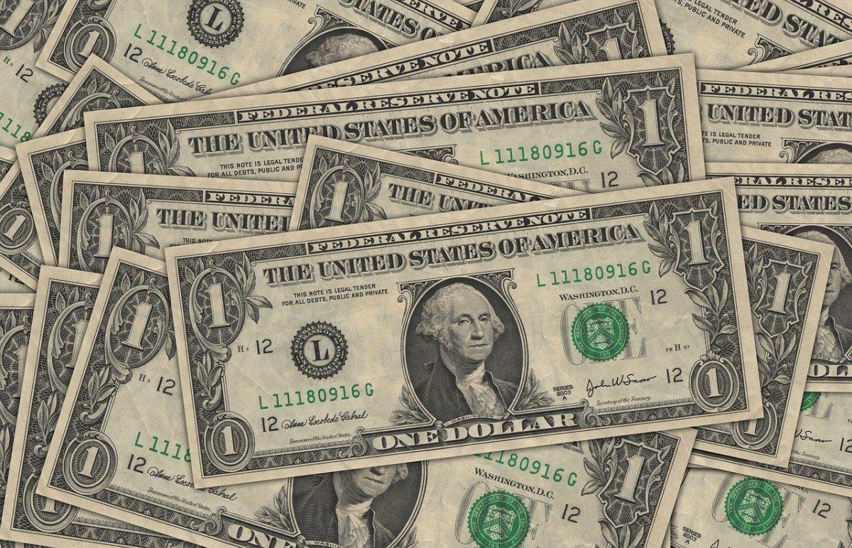 Target Will Enact A $15 Minimum Wage Promo Image